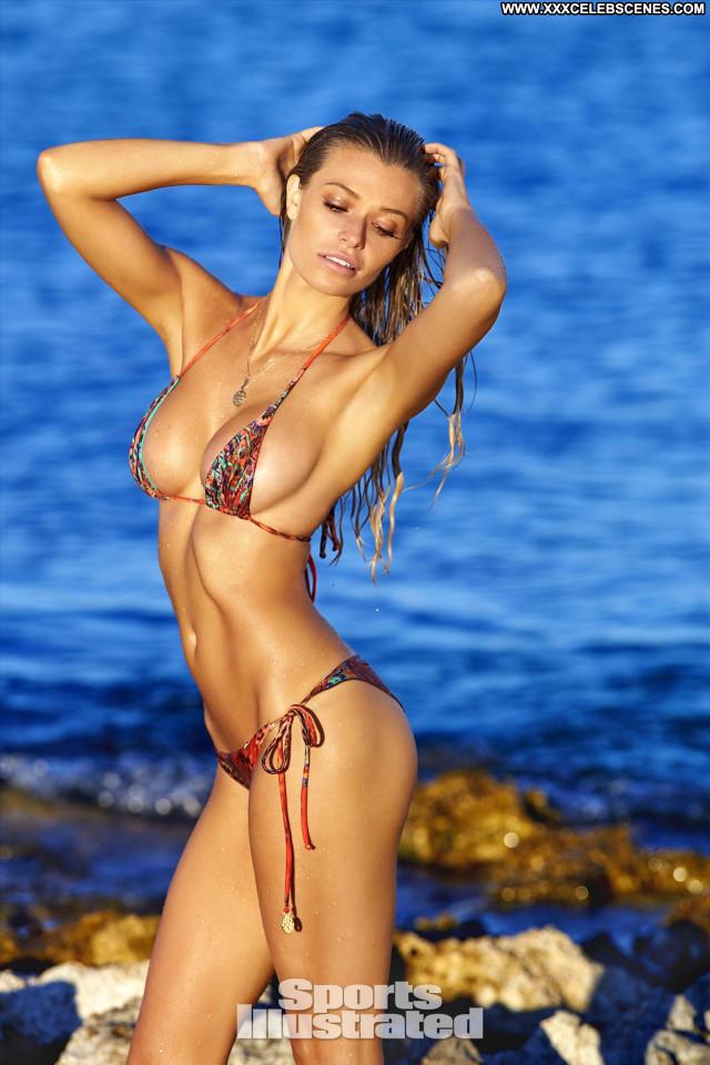 Samantha Hoopes Sports Illustrated Swimsuit Celebrity Posing Hot