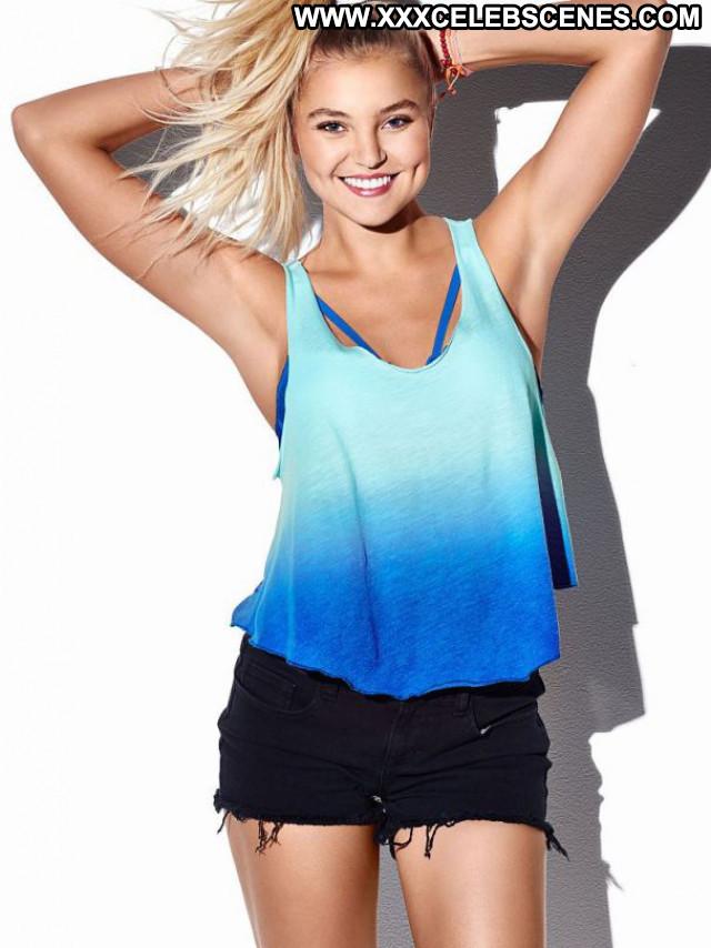 Rachel Hilbert No Source  Posing Hot Celebrity Beautiful Bikini Babe
