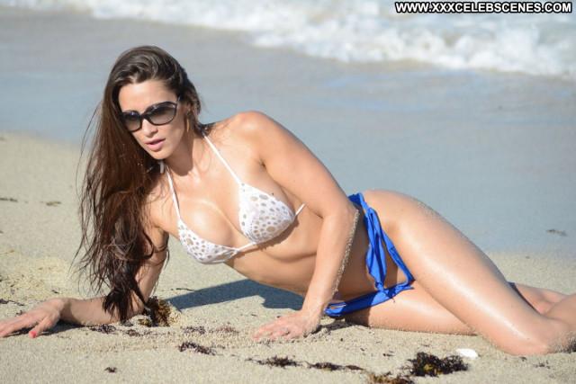Anais Zanotti No Source Beautiful Bikini Candids Posing Hot Celebrity