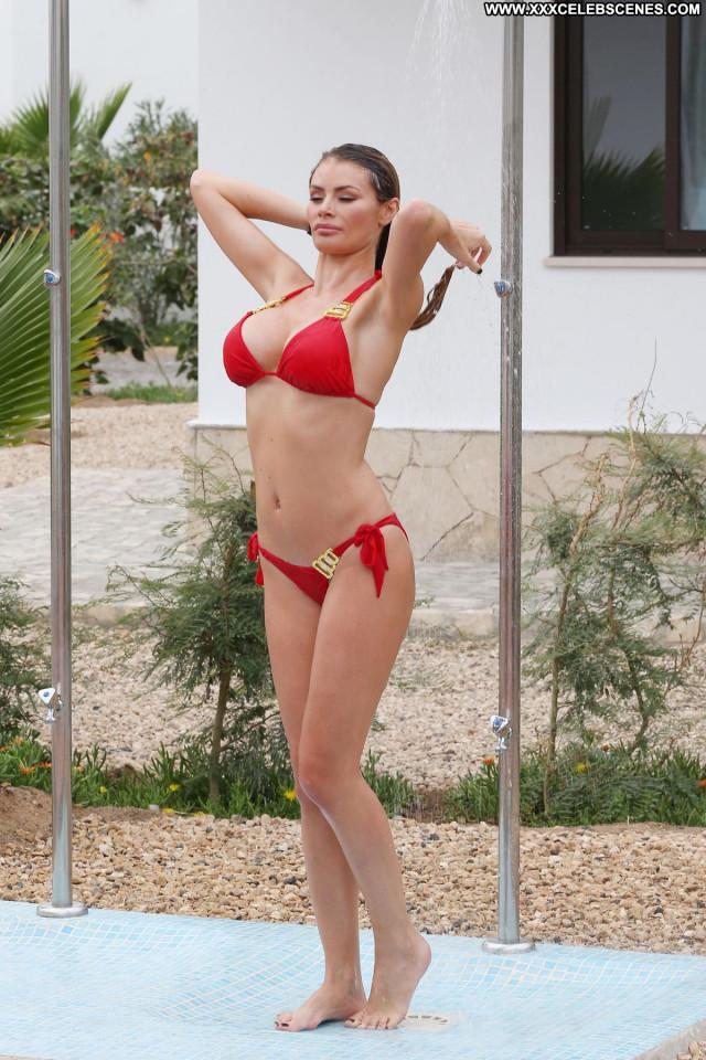 Chloe Sims No Source Pool Celebrity Posing Hot Bikini Babe Beautiful