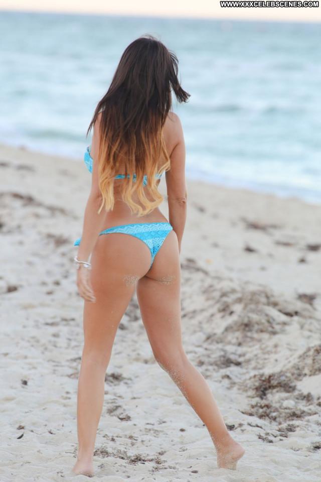 Claudia Romani No Source Babe Bikini Posing Hot Beach Celebrity Hot
