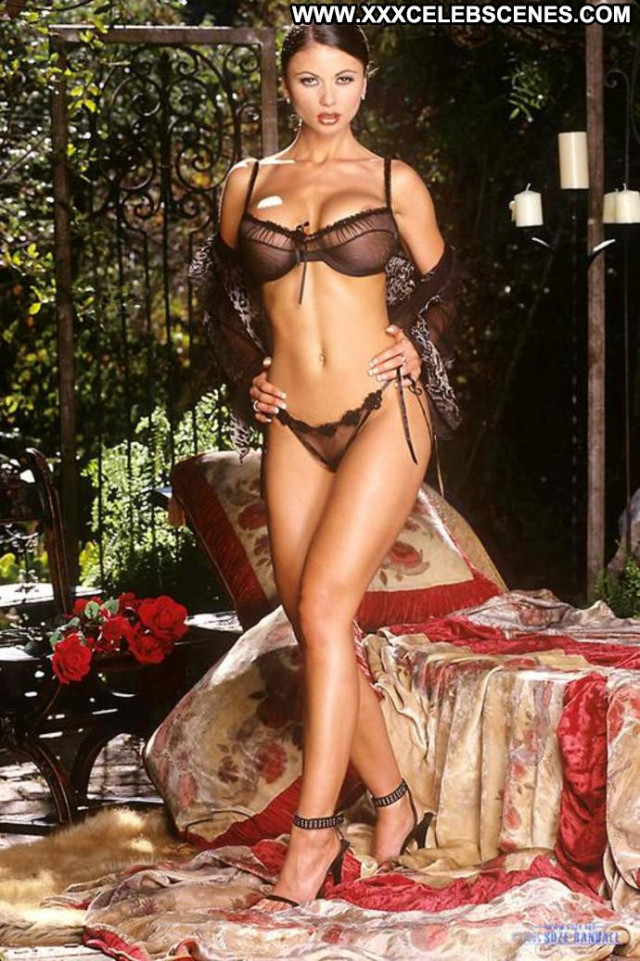 Girls No Source Beautiful Posing Hot See Through Babe Celebrity