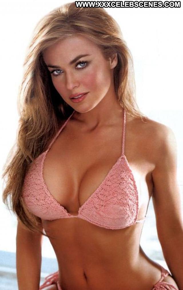 Carmen Electra No Source Posing Hot Babe Beautiful Celebrity