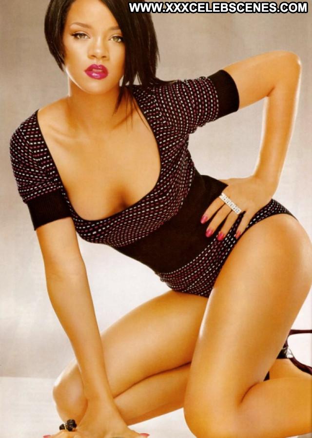 Rihanna No Source Posing Hot Celebrity Babe Beautiful Hot Famous Cute