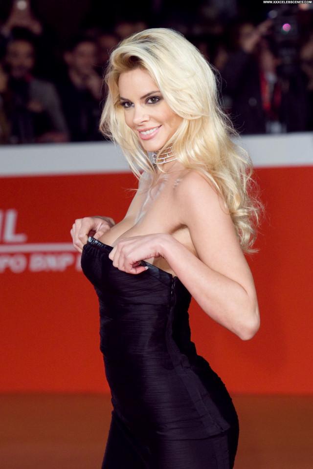Ria Antoniou No Source Posing Hot Babe Celebrity Beautiful Model