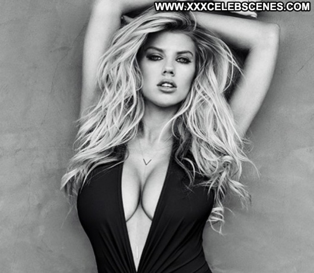 Charlotte Mckinney Sexy Babe Model Beautiful Summer American
