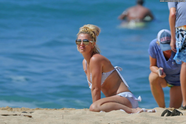 Britney No Source Posing Hot Babe Celebrity Beautiful Cute Gorgeous