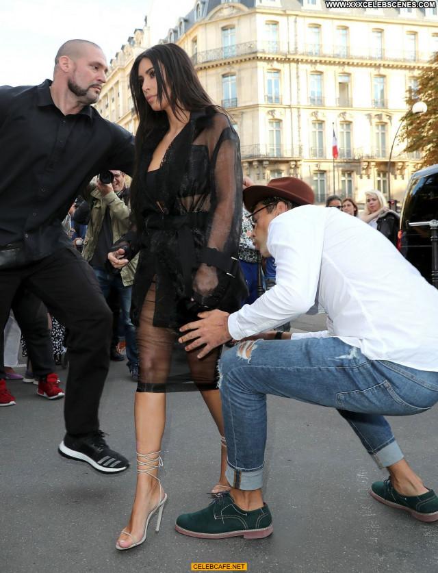 Kim Kardashian No Source Posing Hot Paris Beautiful Babe Celebrity Ass