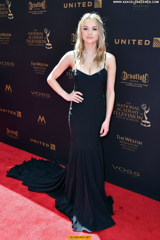 Hunter Haley King Emmy Awards Cleavage Sex Posing Hot Sexy Celebrity
