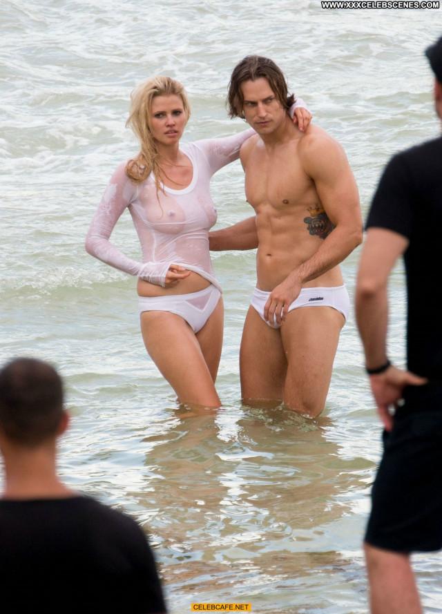 Lara Stone No Source See Through Photoshoot Celebrity Wet Beautiful