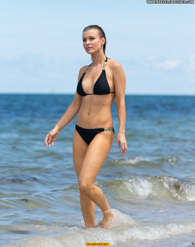 Joanna Krupa The Beach Topless Beautiful Beach Posing Hot Toples Babe