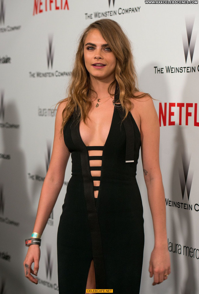 Cara Delevingne No Source Posing Hot Cleavage Babe Celebrity