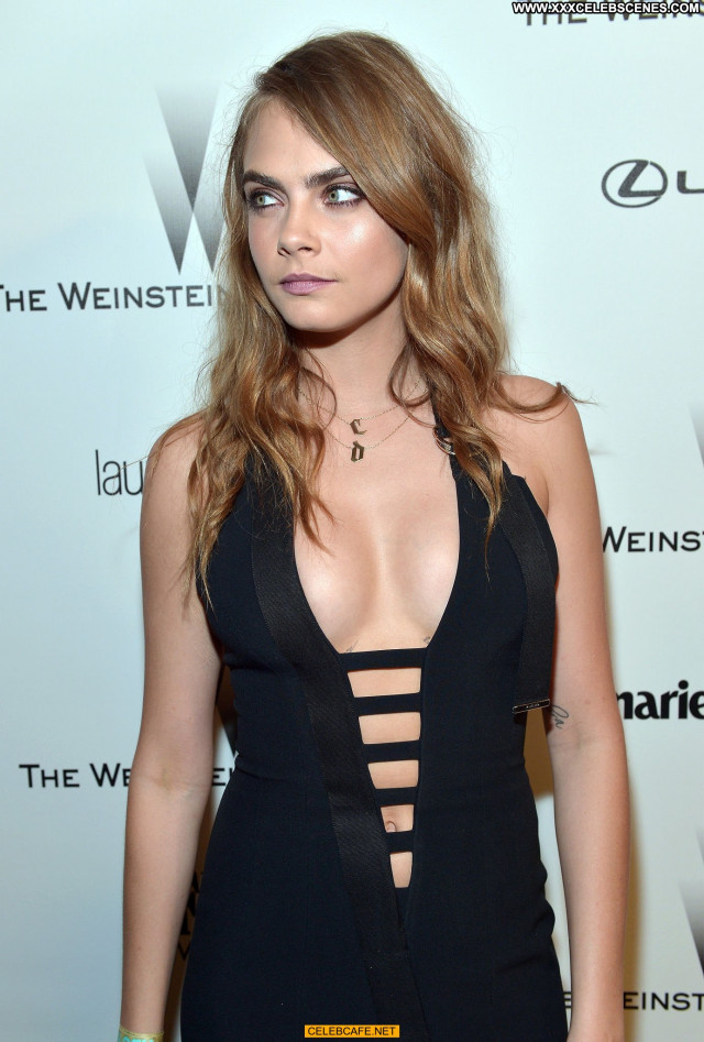 Cara Delevingne No Source Party Posing Hot Celebrity Cleavage