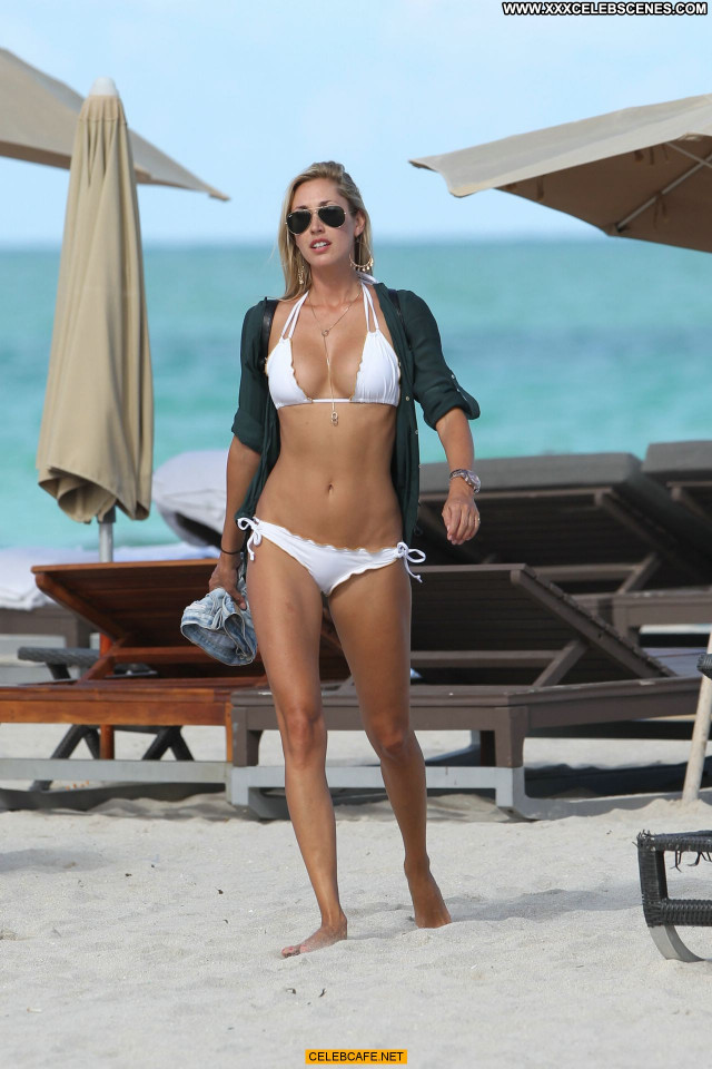 Lauren Stoner Miami Beach Posing Hot Beach Beautiful Babe Bikini