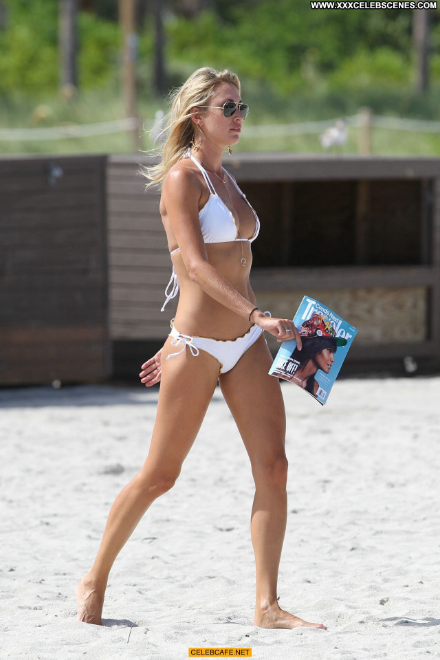 Lauren Stoner Miami Beach  Babe Celebrity Beach Bikini Posing Hot