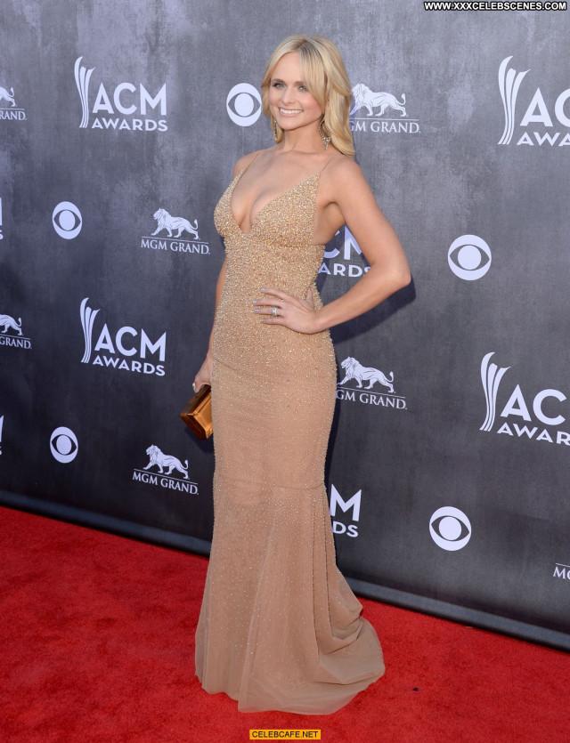 Miranda Lambert Las Vegas  Beautiful Babe Cleavage Nice Celebrity