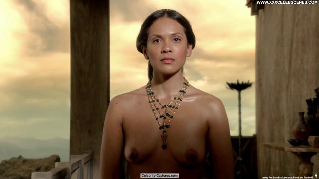 Lesley Ann Brandt Spartacus Toples Celebrity Babe Sex Scene Spa Bra