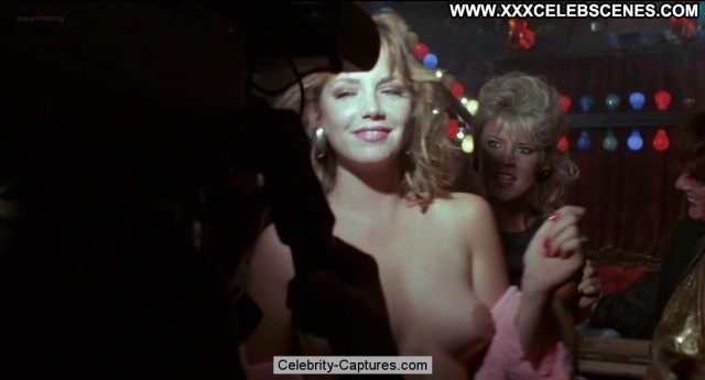 Amber Lynn Images Tits Posing Hot Nude Sex Scene Celebrity Beautiful