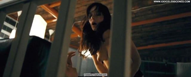 Valda Bickute Kamen Beautiful Bed Posing Hot Celebrity Topless Toples