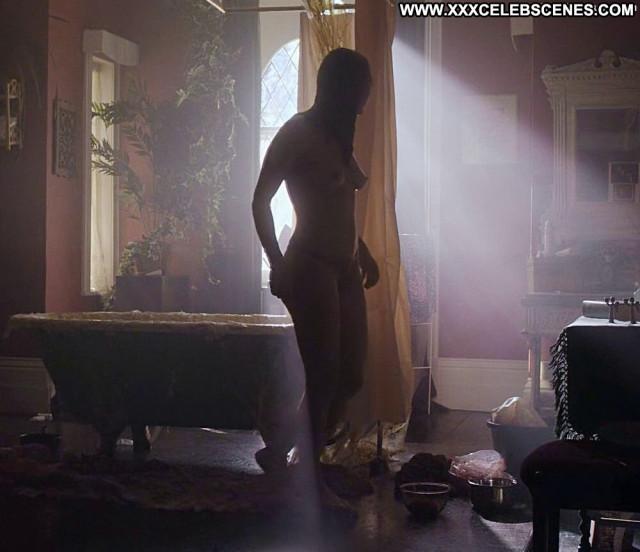 Natalie Dormer Full Frontal Beautiful Posing Hot Dorm Babe Breasts