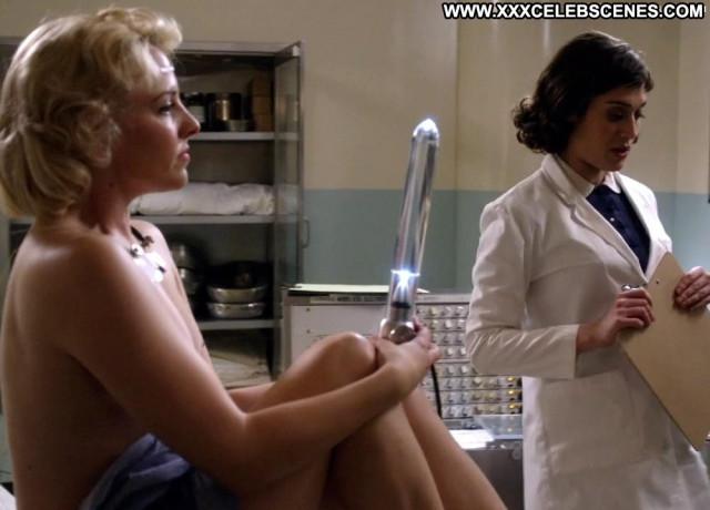 Helene Yorke Masters Of Sex Glass Dildo Babe Topless Doctor Celebrity