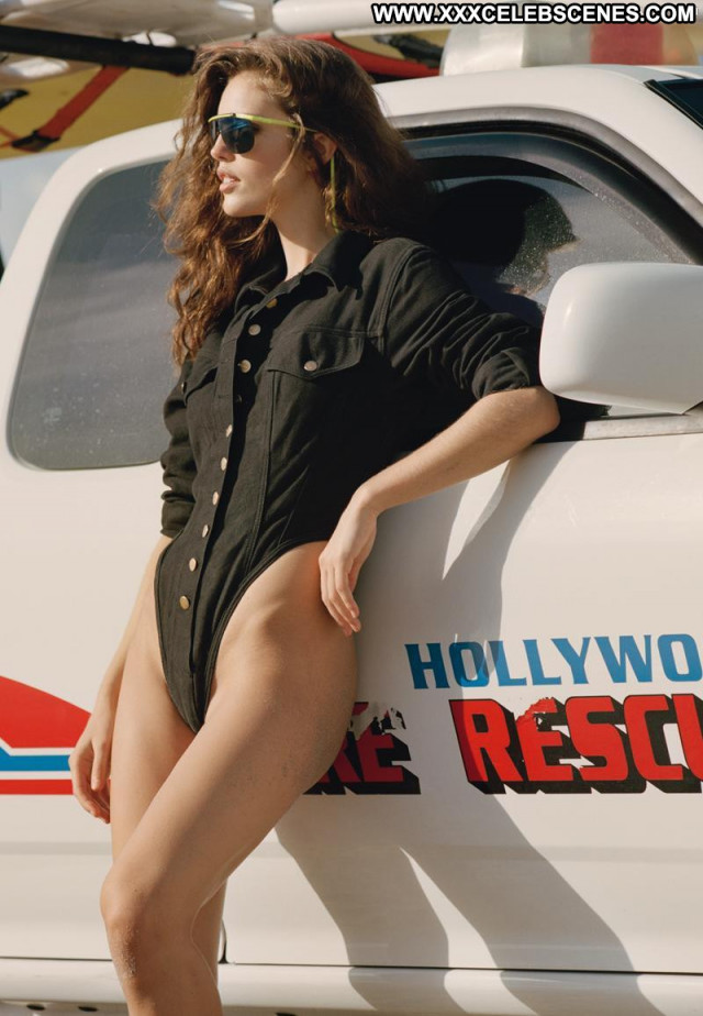Emily Didonato Sports Illustrated Swimsuit Model Beautiful Nude Black
