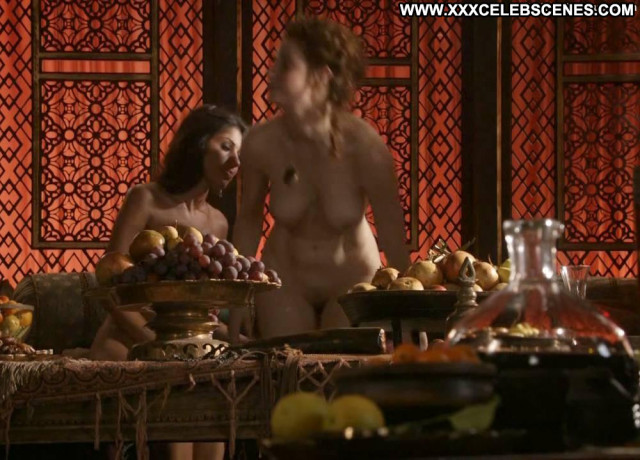Sahara Knite Game Of Thrones Coach Posing Hot Babe Joi Lesbian Scene