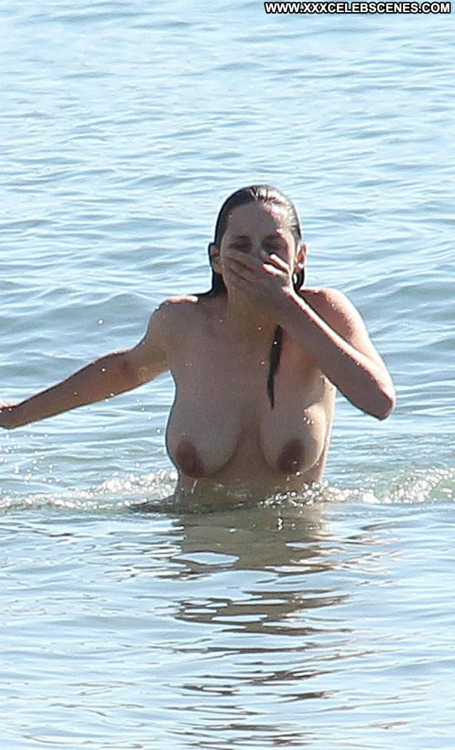 Marion Cotillard Rust And Bone Babe Topless Celebrity French Breasts