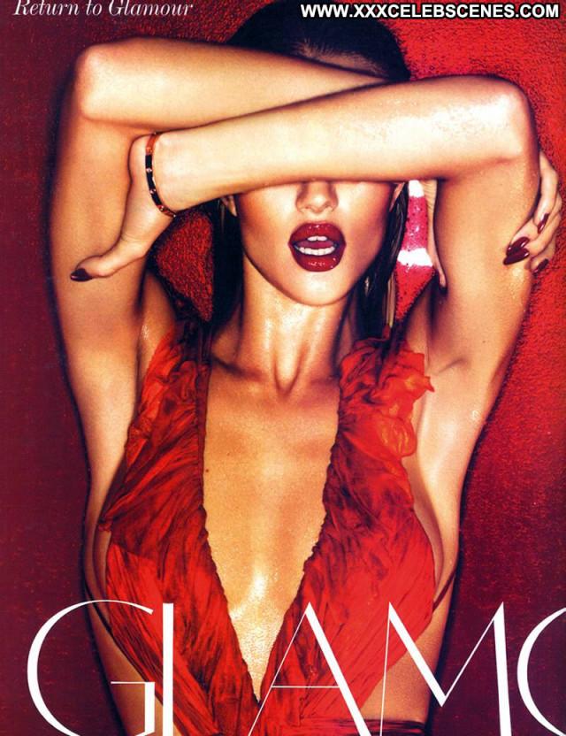 Rosie Huntington Whiteley Vogue Magazine Actress Topless Babe