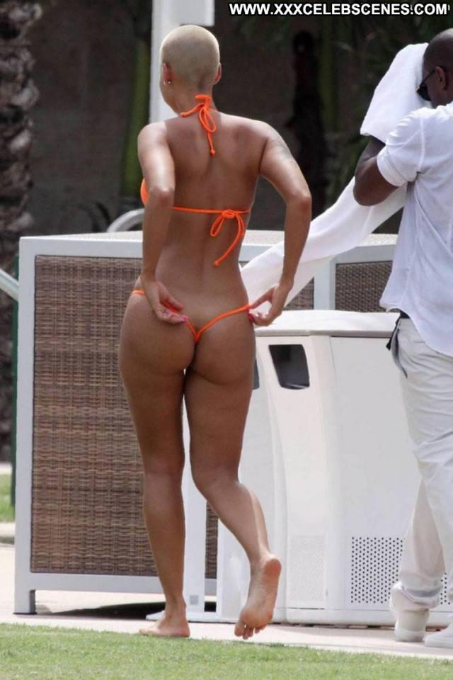 Amber Rose The Beach Plump Big Tits Beautiful Posing Hot Girlfriend