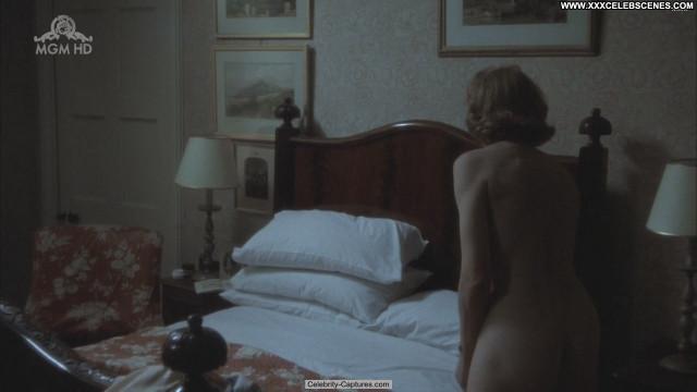 Vanessa Redgrave Yanks Celebrity Beautiful Nude Sex Scene Babe Posing