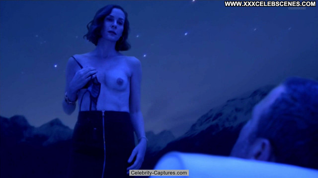 Embeth Davidtz Ray Donovan Celebrity Toples Babe Beautiful Topless