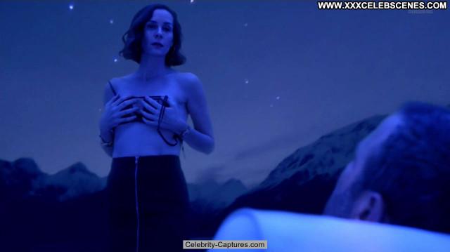 Embeth Davidtz Ray Donovan  Topless Toples Celebrity Sex Scene