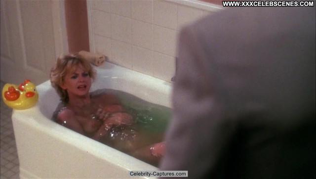 Goldie Hawn Wildcats Beautiful Sex Scene Posing Hot Celebrity Wild