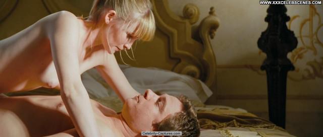Joanna Page Love Actually Celebrity Sex Scene Posing Hot Beautiful