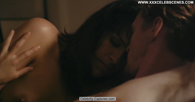 Desiree Akhavan Images  Celebrity Babe Tits Posing Hot Sex Scene