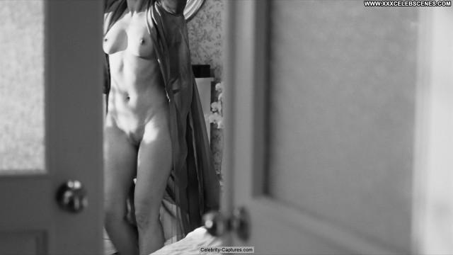 Yuliya Peresild Weekend Posing Hot Full Frontal Babe Beautiful