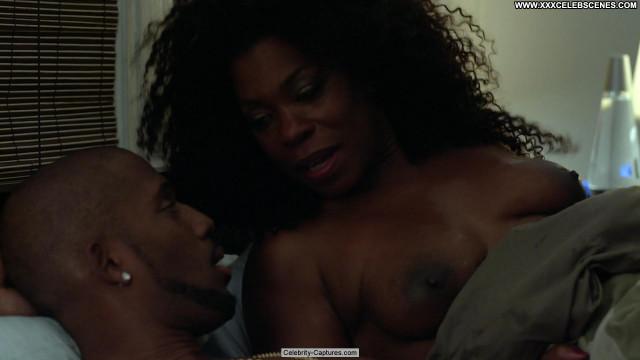 Lorraine Toussaint Orange Is The New Black Posing Hot Babe Black
