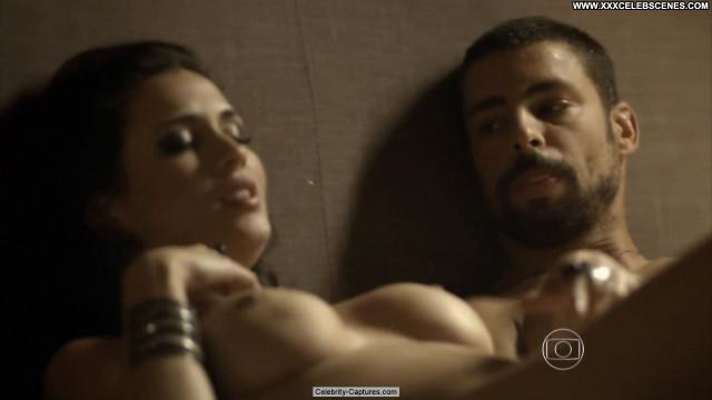 Fernanda Nizzato O Cacador Posing Hot Topless Toples Babe Beautiful
