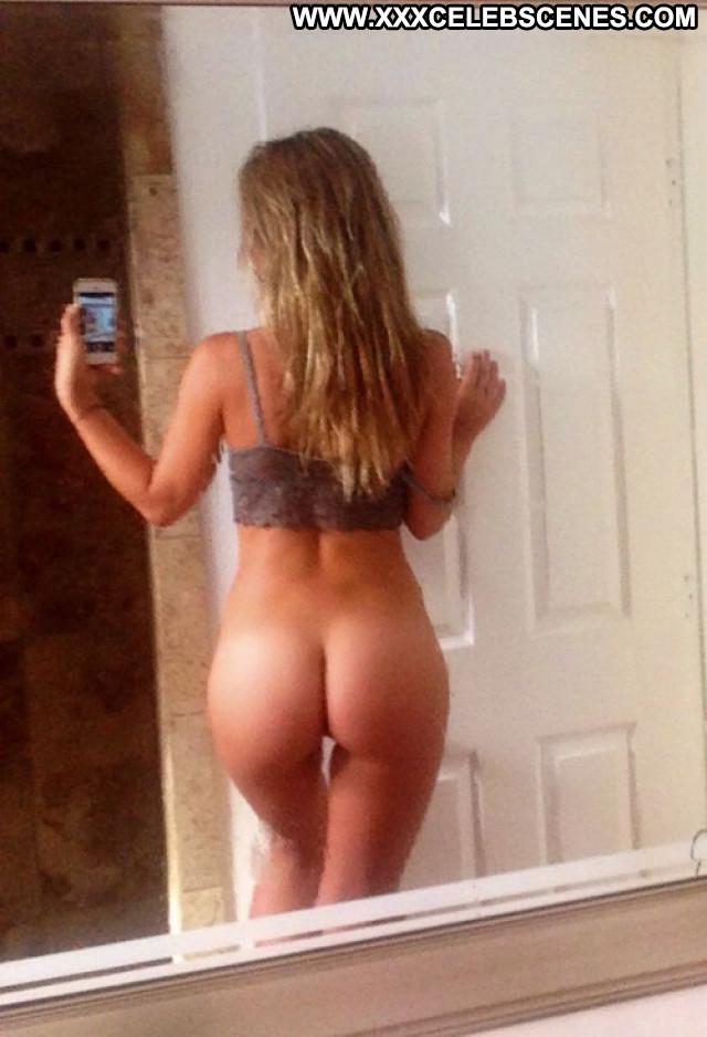 Charlotte Mckinney No Source Posing Hot Celebrity Leaked Nude