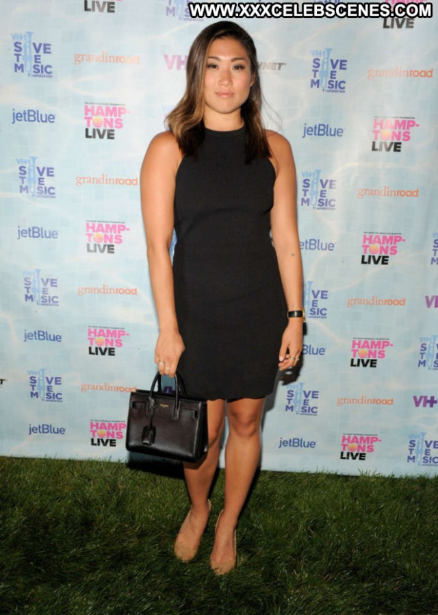 Jenna Ushkowitz Live Posing Hot Paparazzi Celebrity Babe Beautiful