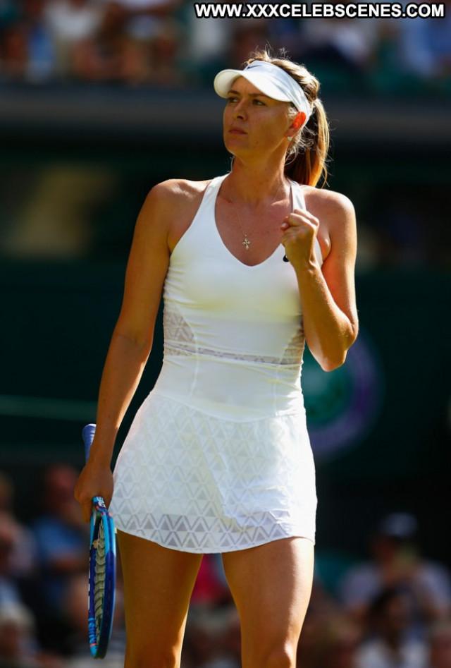 Maria Sharapova Celebrity Beautiful Tennis Babe Posing Hot Paparazzi