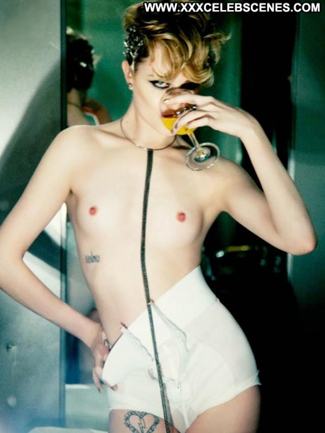 Rita Ora No Source  Topless Toples Babe Celebrity Beautiful Posing Hot
