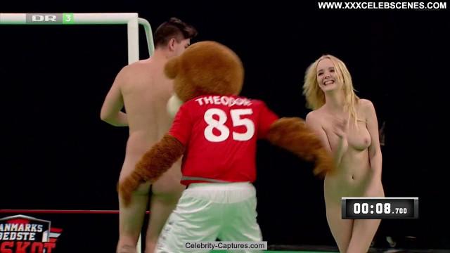 Nicole Broeggler Verdens Bedste Kok Bed Celebrity Babe Nude Beautiful