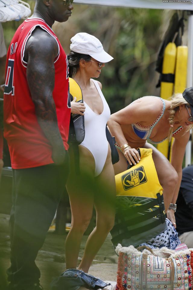 Kourtney Kardashian No Source Swimsuit Celebrity Babe Model Beautiful