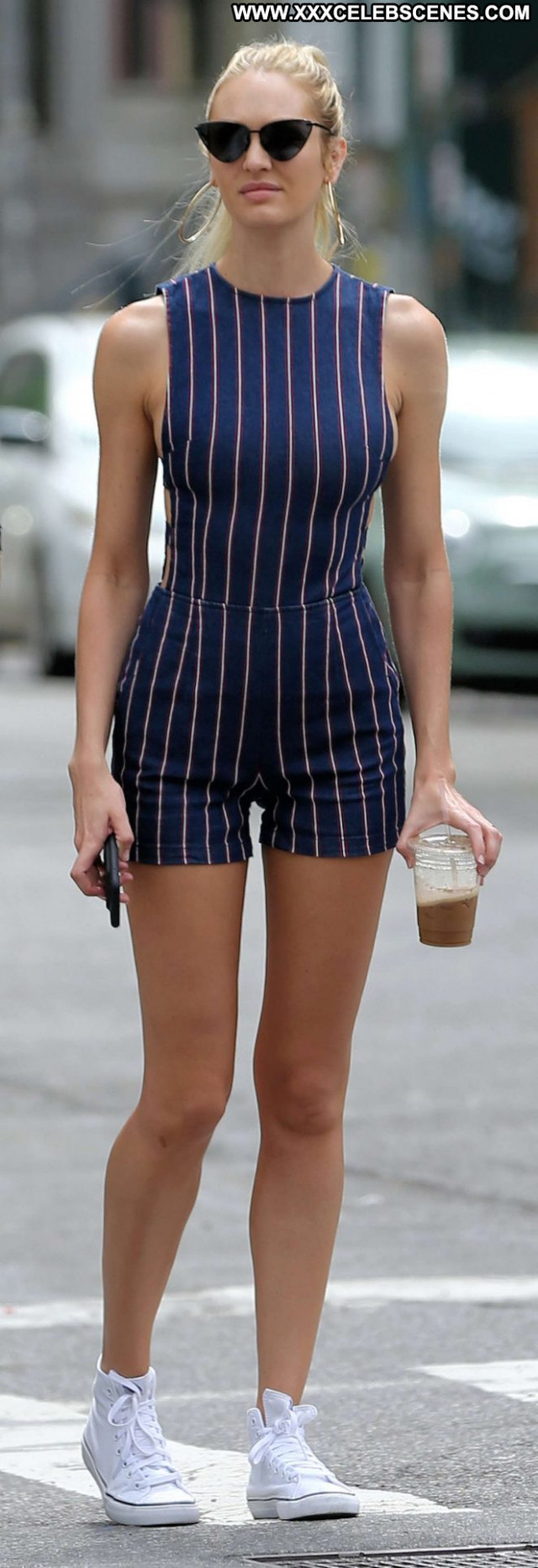 Candice Swanepoel New York Paparazzi New York Babe Beautiful