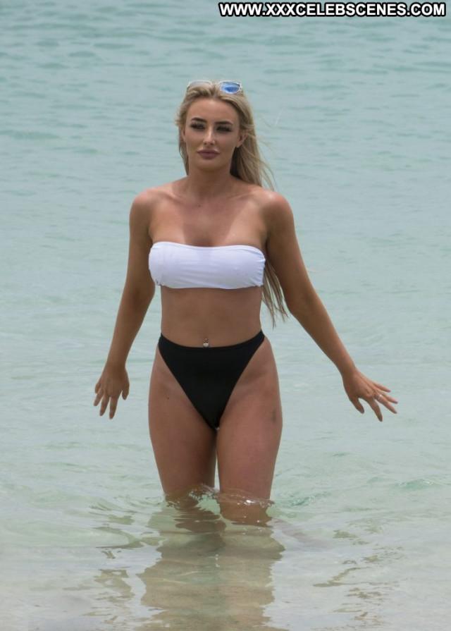 Chloe Crowhurst Anna Nicole Celebrity Legs Car Toples Famous Sex