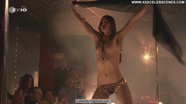 Lucrezia Phantazia Wilsberg Tote Hose Nude Beautiful Sex Scene Babe