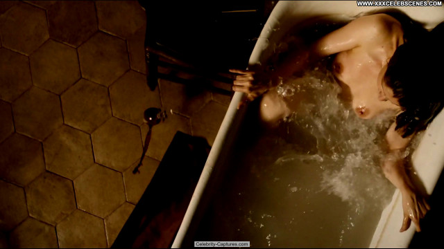 Laetitia Casta Behind The Walls Beautiful Babe Sex Scene Posing Hot