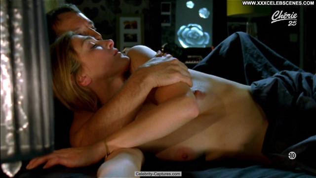 Julie Gayet Amoureuse  Celebrity French Posing Hot Sex Scene